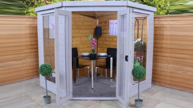 adley chelsea corner summer house 7x7